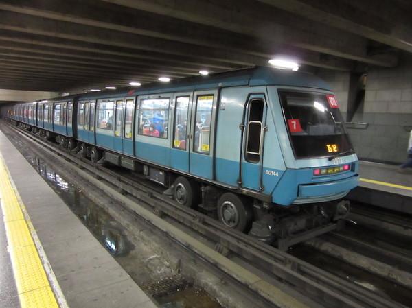 IMG_7153地下鉄車両.jpg