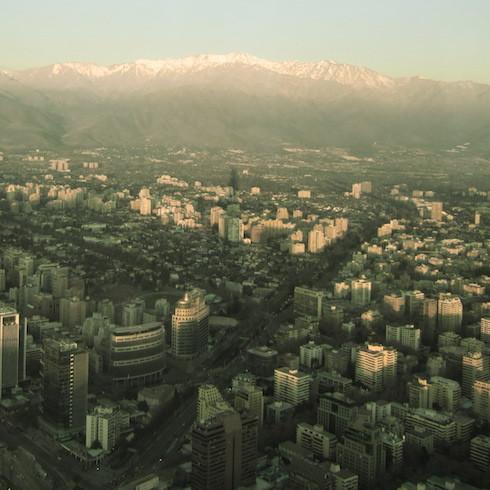 IMG_7172市街地と山脈.jpg