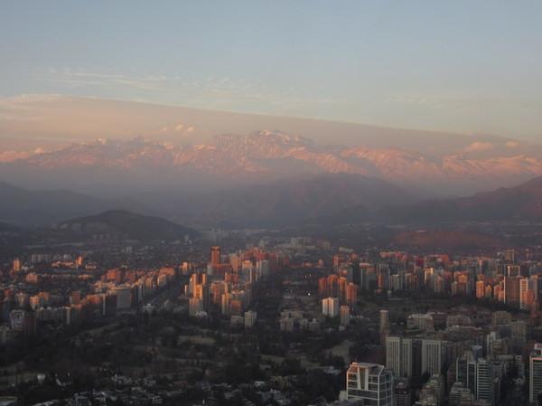 IMG_7189市街地と山脈.jpg