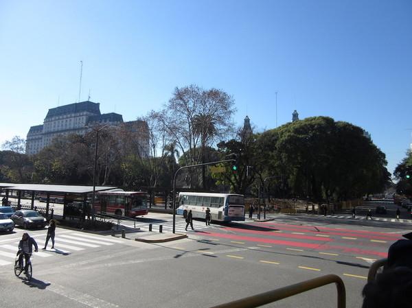 IMG_7662道路と公園.jpg