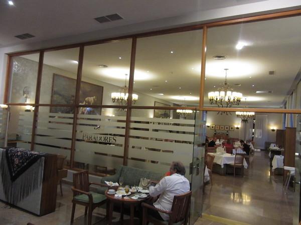 IMG_7892レストラン.jpg
