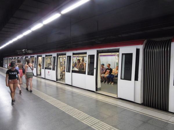 IMG_8113地下鉄車両.jpg