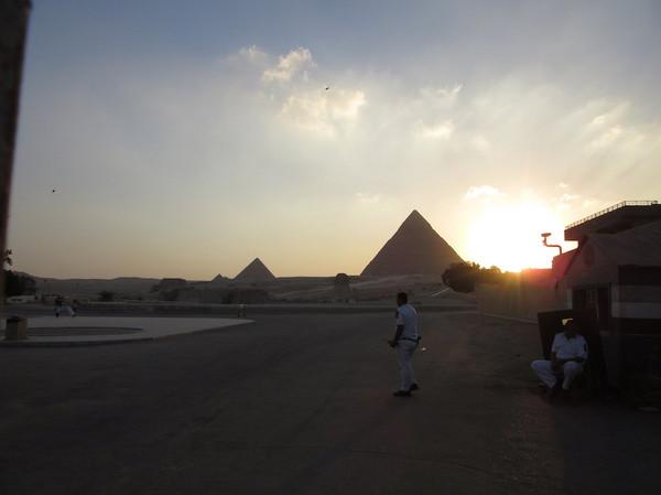 IMG_8244ピラミッド.jpg